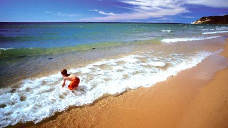 lake_michigan_beach.jpg